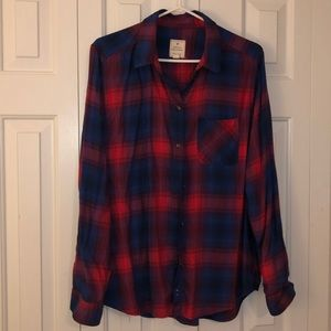 American Eagle plaid button shirt